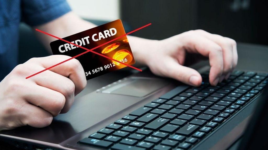 Batasi diri Anda dari penggunaan kartu kredit saat perdagangan Olymp Trade